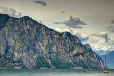 Felswand von Malcesine aus fotografiert