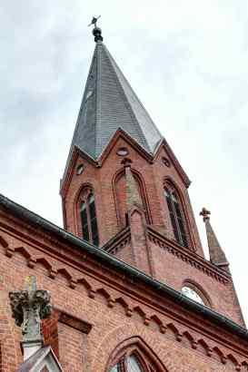 die Seite Kirche