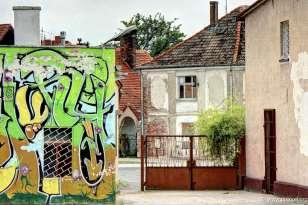 Graffitti und alte Fassade