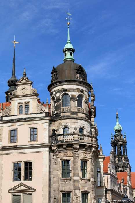 die ersten Türmchen der Altstadt