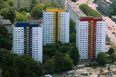 bunte Hochhäuser