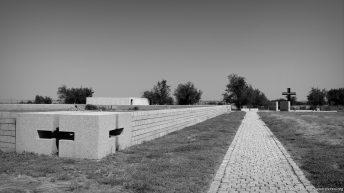 am alten Friedhof der Wehrmacht