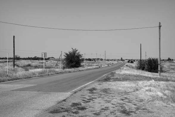 Die Strasse zwischen den Friedhöfen