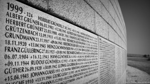 Tausende Namen...