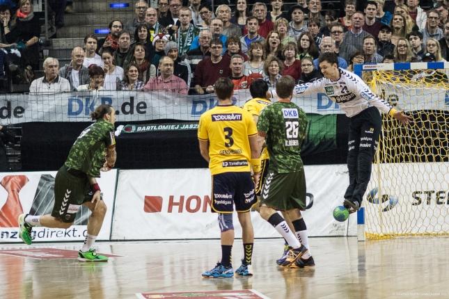 DKB Bundesliga Handball 14.12.2014 Füchse Berlin - Rhein-Neckar Löwen,J.Radtke,www.pixxxel (62)